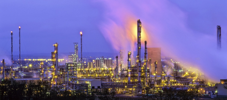 SCOTTISH COMPANIES URGED TO DIVERSIFY INTO THE LOW CARBON MARKET